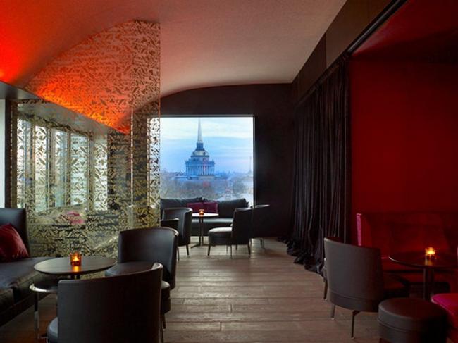 Бизнес-пространство в общественном интерьере: Отель W St. Petersburg — дизайн интерьеров Antonio Citterio, Patricia Viel and partners.