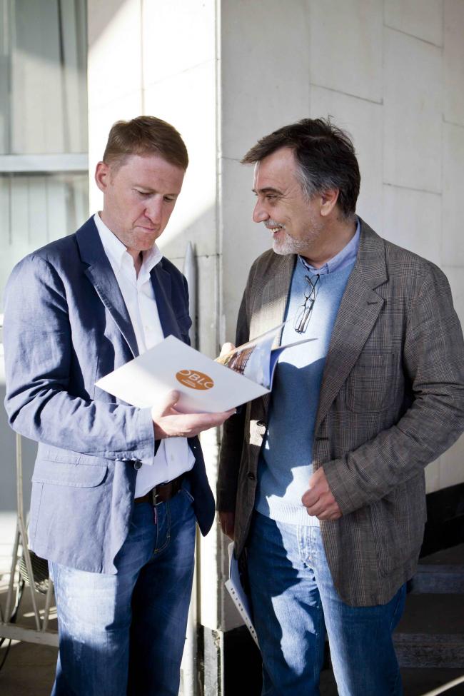 Члены экспертного совета Николай Белоусов и Александр Львовский. Фотография Анны Пешковой