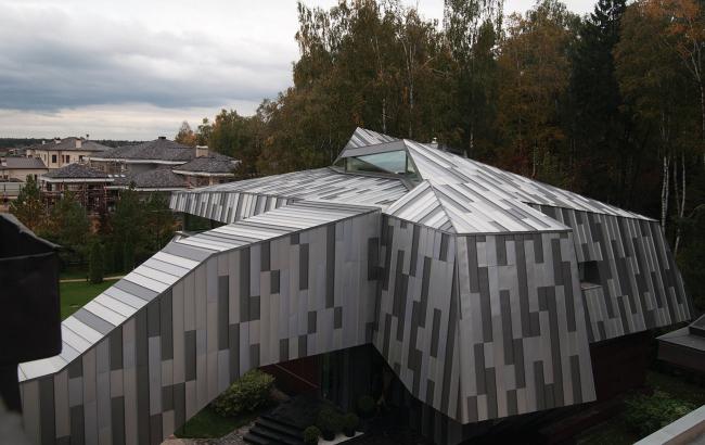 Надстройка дома в п.Николо-Урюпино (детская игровая, гостевая), архитектурное бюро TOTEMENT/PAPER.