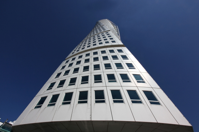 Башня Turning Torso. Фото: Mirko Junge via Wikimedia Commons. Лицензия CC BY-SA 2.0