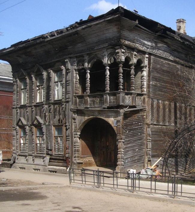 Дом Кирхогланина. Во время Дней архитектуры 2012 года власти объявили о начале его реставрации