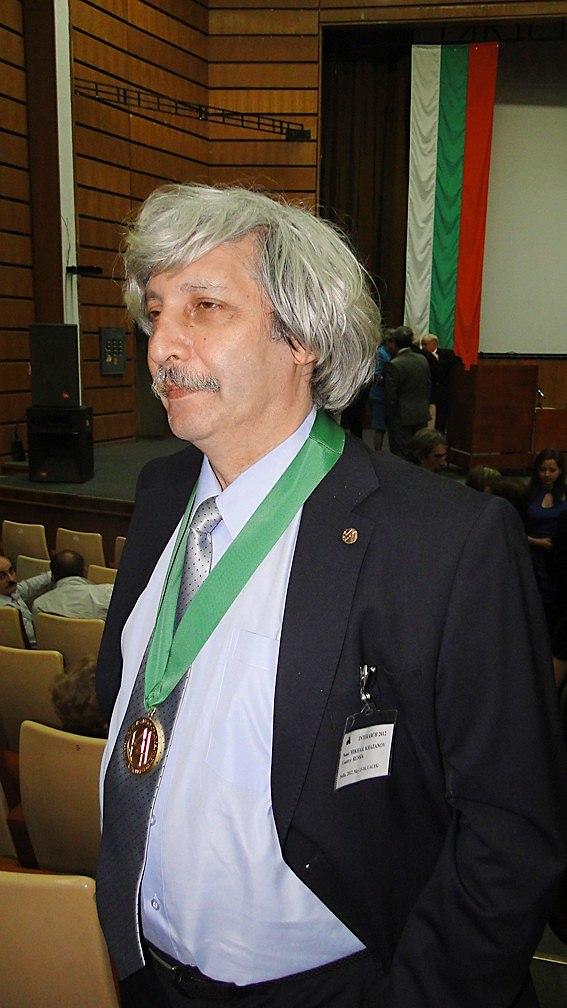 Михаил Хазанов на «Интерарх-2012» удостоен звания Академика МАА