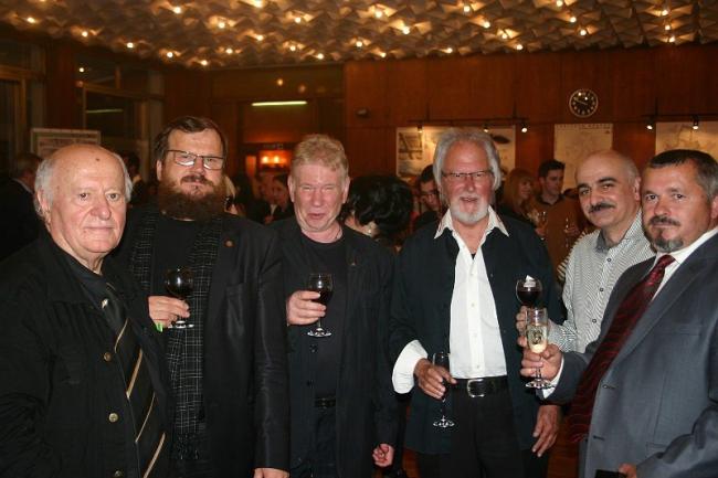 Участники «Интерарх-2012». Михаилу Мамошину (второй слева) присвоено звание  Профессора МАА