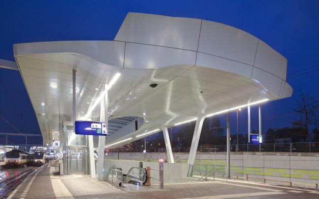 Перекрытия платформ на Центральном вокзале Арнема © Ronald Tilleman