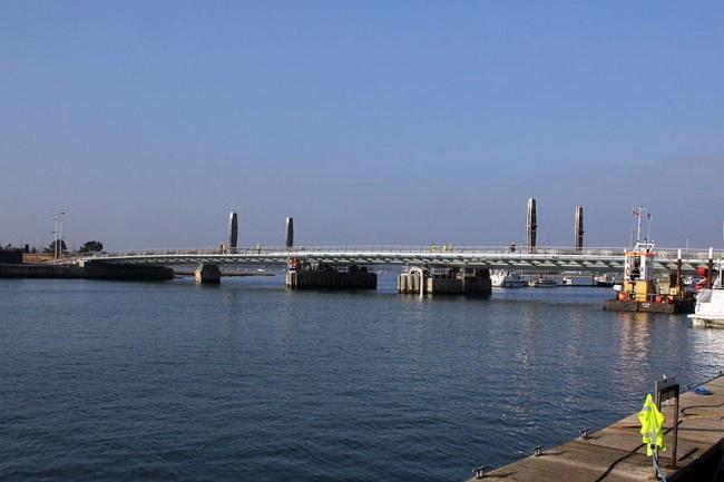 Мост Twin Sails. Фото Wikimedia Commons