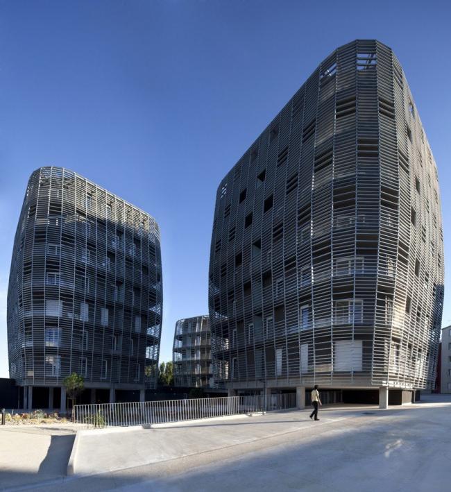 Жилой комплекс в городе Сет © Cécile Septet