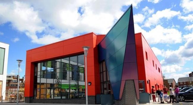 библиотека Шард-Энд в Бирмингеме архитекторов Idp Partnership. Фото с сайта bdonline.co.uk