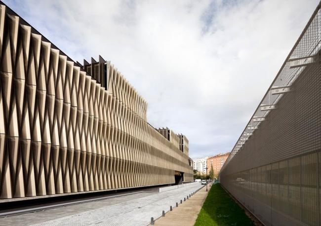 Центр биомедицинских исследований госпиталя Наварры © Rubén Pérez Bescós