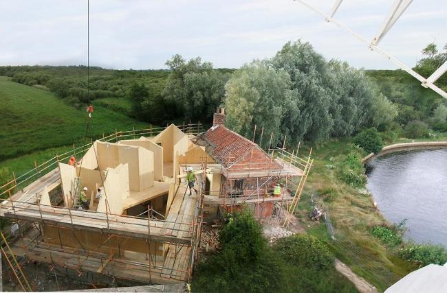 Дом Хансет-Милл: в процессе строительства. © Acme