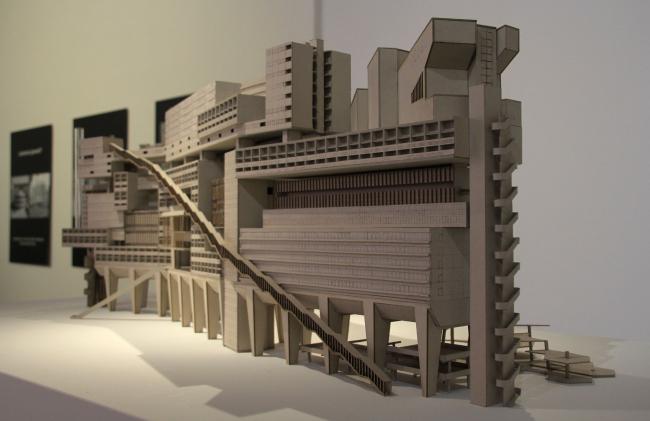 Роберт Бурхарт. «Памятник модернизму», 2009, проект. Фотография Ю.Тарабариной