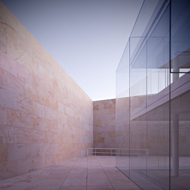 Здание правительства автономной области Кастилия и Леон © Javier Callejas Sevilla