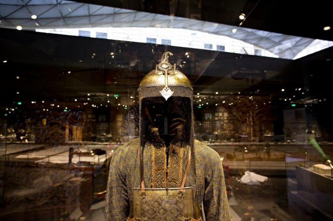 Крыло исламского искусства Лувра © Ed Alcock for The NYT