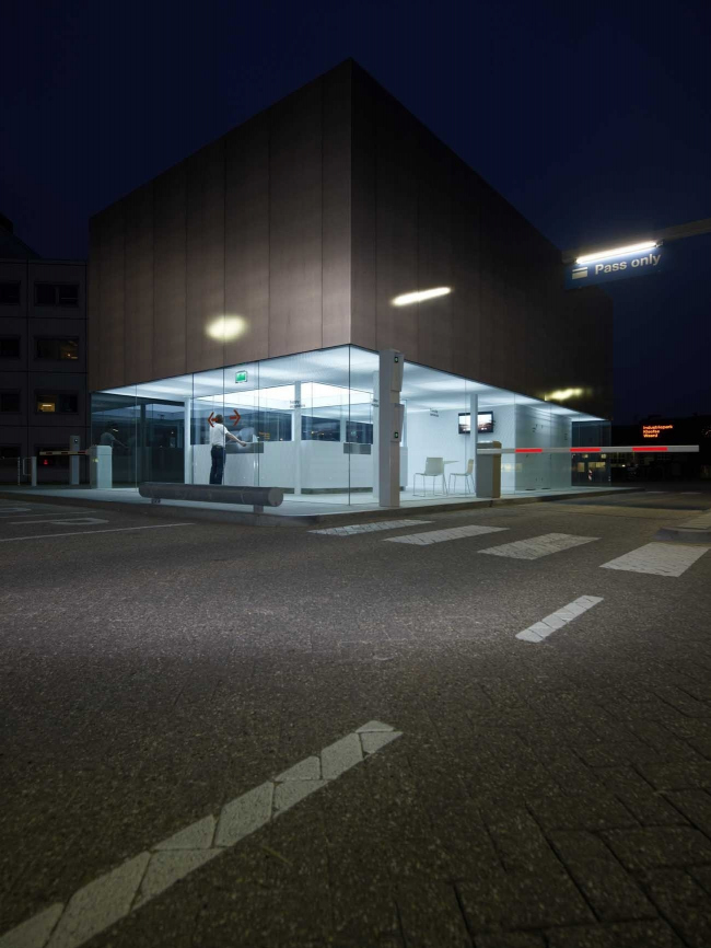 КПП индустриального парка Kleefse Waard © Jeroen Musch