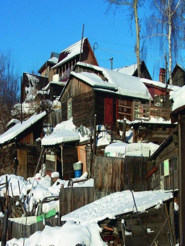 Стихийная малоэтажная застройка в Новосибирске. Фото: Александр Ложкин