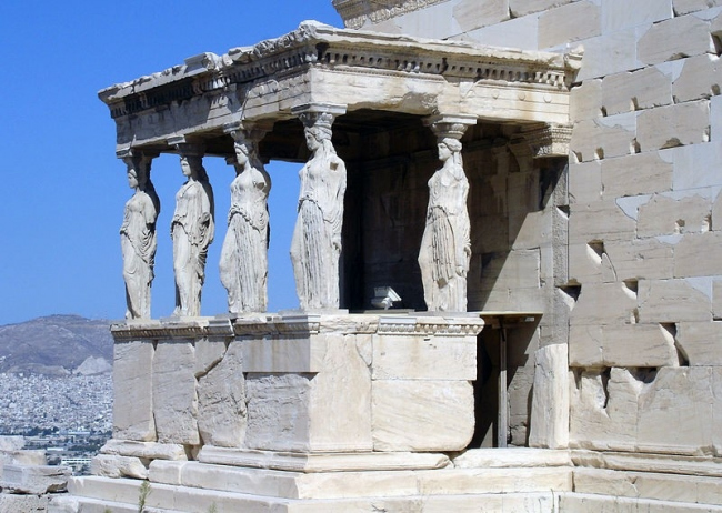 the development of greek architecture The history of architecture traces the changes in greek architecture deconstructivism in architecture is a development of postmodern architecture.