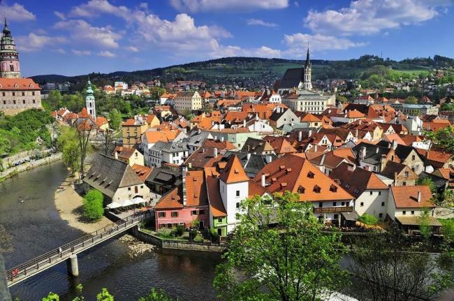 Город Крумлов в Чехии – типичный пример стихийно сложившегося средневекового города. Фото с сайта caas.by