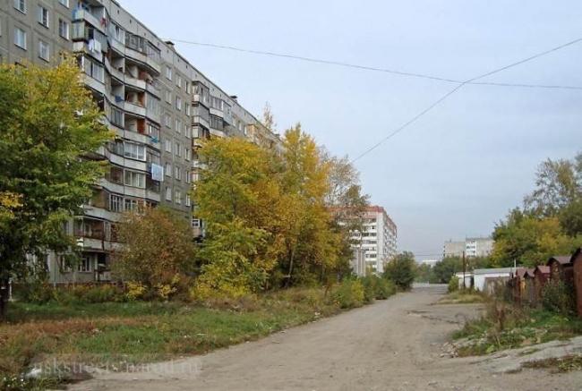 Северо-Чемскойжилмассив в Новосибирске, фото с сайта nskstreets.narod.ru