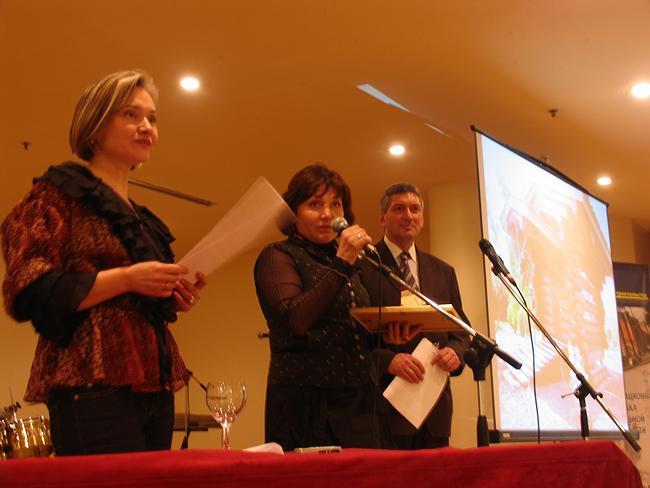 Вручение диплома Анне Щетининой