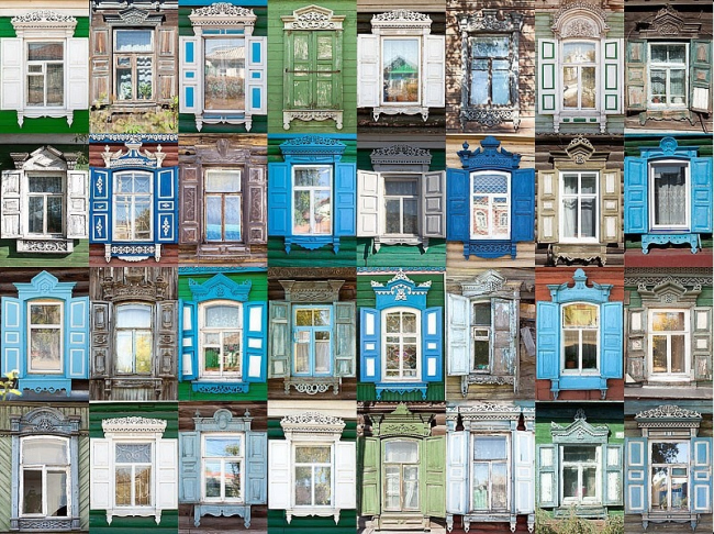 Омские наличники со ставнями. Фотография с сайта http://nalichniki.com