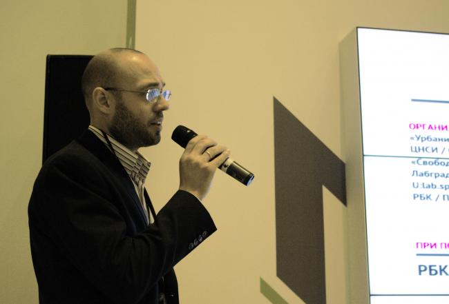 Олег Пащенков, директор центра прикладных исследований европейского университета в Санкт-Петербурге. Фотография Аллы Павликовой