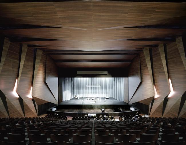 Фестивальный зал в Эрле © Brigida González