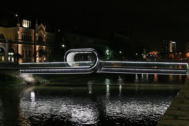 Мост Festina Lente. Фото с сайта archiportale.com