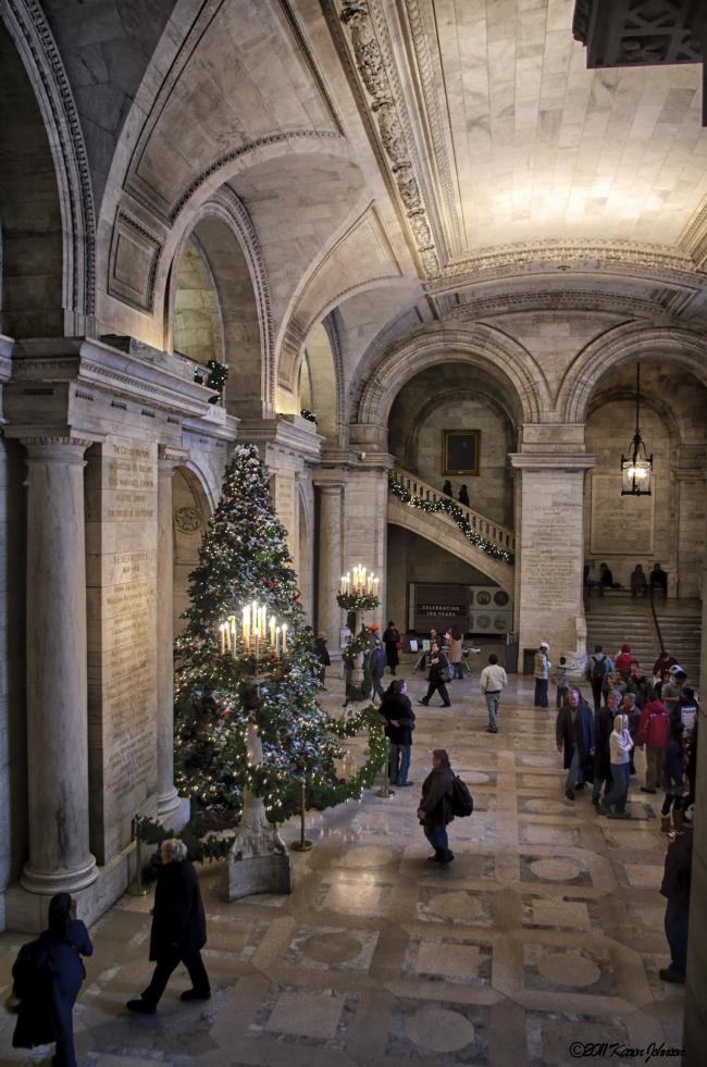 Нью-йоркская публичная библиотека. Вестибюль. Фото © Karen Johnson