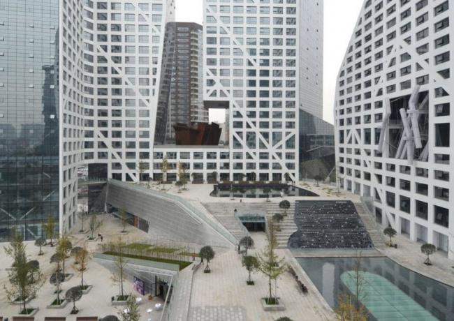 Комплекс Sliced Porosity Block © Steven Holl Architects