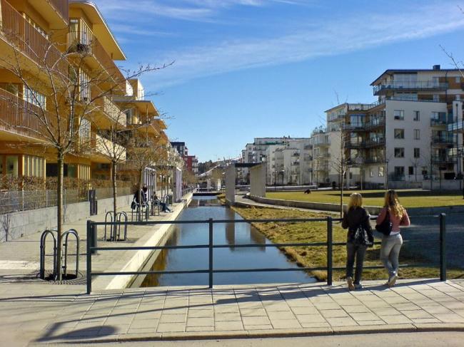 Район Хаммарбю Шестад в Стокгольме, застроенный по принципам «нового урбанизма». Фото с сайта www.scyscrapercity.com