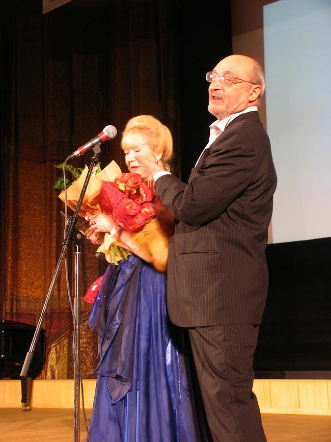 Народный артист Михаил Козаков читал победительнице стихи Пушкина