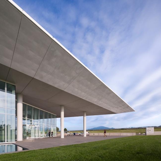 Исследовательский центр корпорации Italcementi © Scott Frances