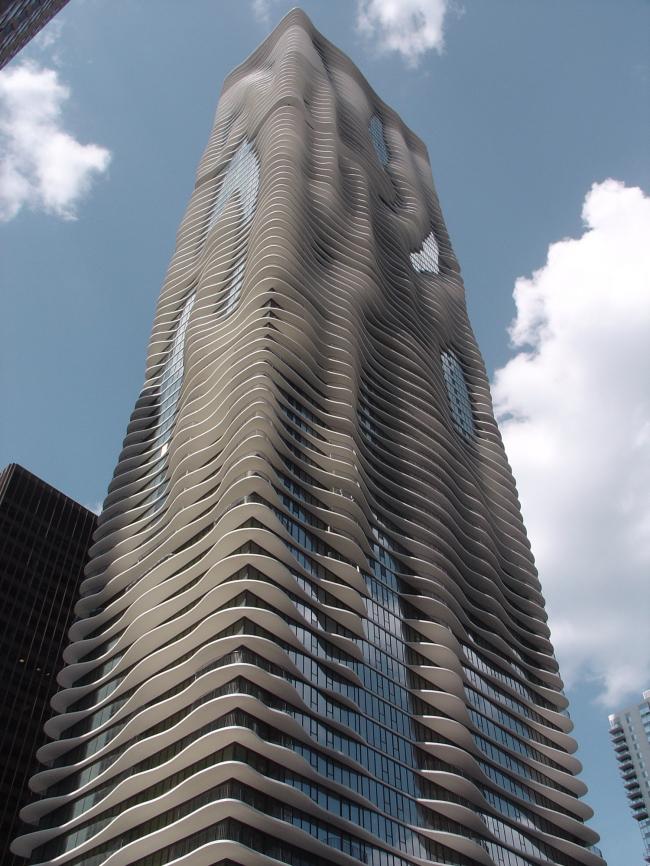 Башня Aqua. Фото George Showman