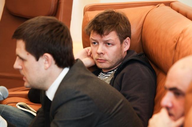 Сергей Кузнецов и Денис Леонтьев. Фотографии предоставлены институтом «Стрелка»