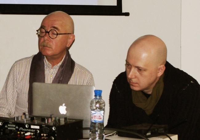 Евгений Асс и Кирилл Асс с презентацией учебной программы «Тело. Чувства. Архитектура»