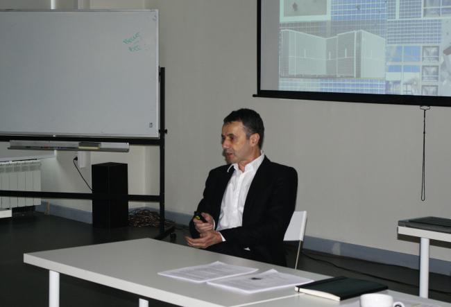Владимир Плоткин представляет свою концепцию «Долгоиграющего жилья»