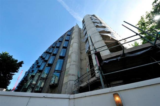 Гостиница Me London Hotel в процессе строительства © Nick Weall