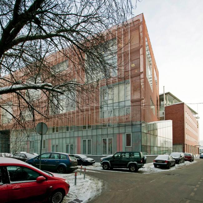 Офисное здание в Бутиковском переулке. Вид из Коробейникова переулка, со стороны Остоженки © АБ Остоженка