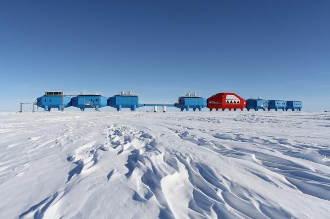 Антарктическая станция Halley VI © British Antarctic Survey