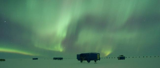 Антарктическая станция Halley VI © Caraig Brown