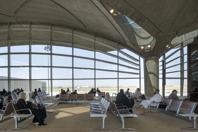 Международный аэропорт им. Королевы Алии © Nigel Young - Foster + Partners