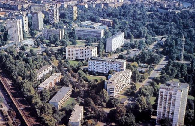 Ханзаплац в Западном Берлине до войны и осуществленный проект восстановления. Иллюстрация из лекции Филиппа Мойзера