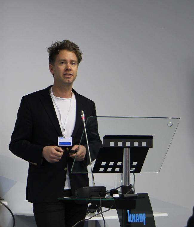 Каспер Йоргенсен на форуме «Дни КНАУФ». Фото Александры Полянской