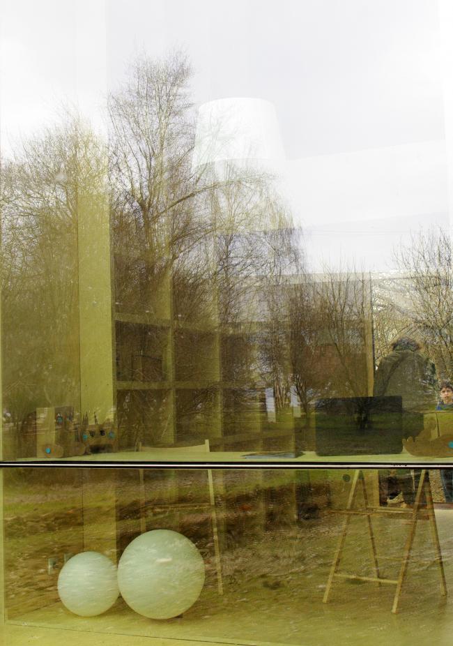 Фестиваль «Города» в парке «Музеон». На фото: «Микростудия» Никиты Асадова и Елизаветы Фонской. Фотография Аллы Павликовой