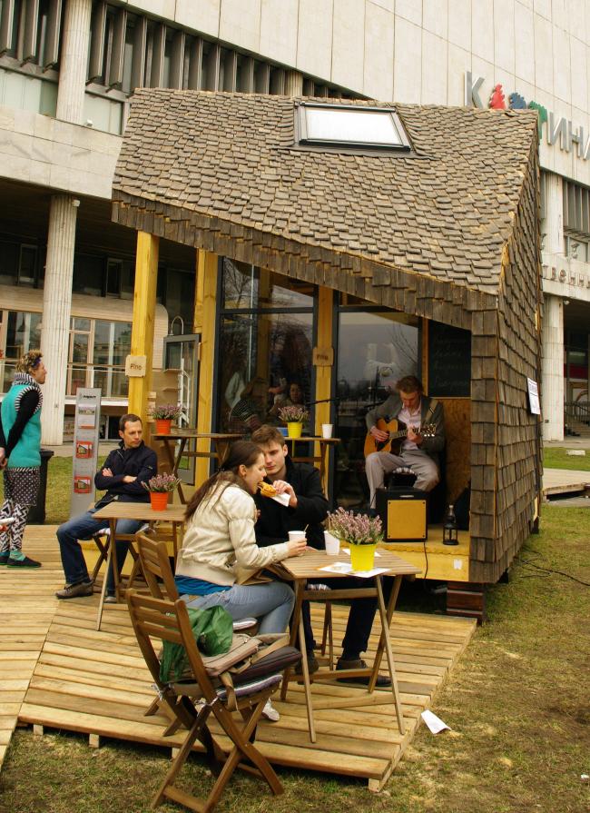 """""""Лоскуток XXS"""". Микро-кофейня. Андрей Асадов. Фотография Аллы Павликовой"""