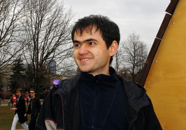 Тимур Арсланов о проекте «Яйцо в кубе». Фотография Аллы Павликовой