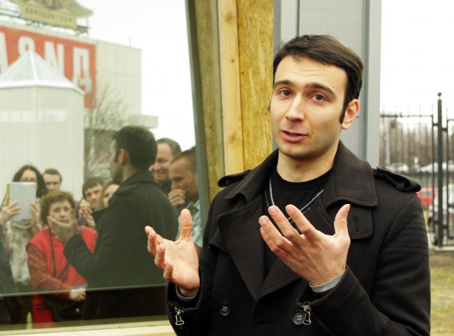 Владимир Юзбашев о павильоне «Киноточка». Фотография Аллы Павликовой