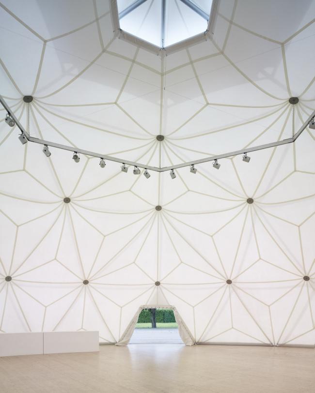 Геодезический купол Бакминстера Фуллера. 1975/2000. Фото: Julien Lanoo © Vitra (www.vitra.com)