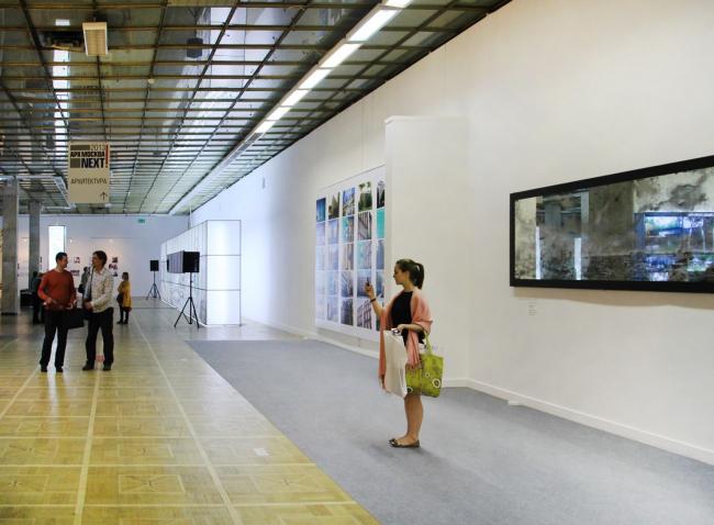 Пространство экспозиции архитектурных бюро на 3 этаже. Фотография Ю.Тарабариной