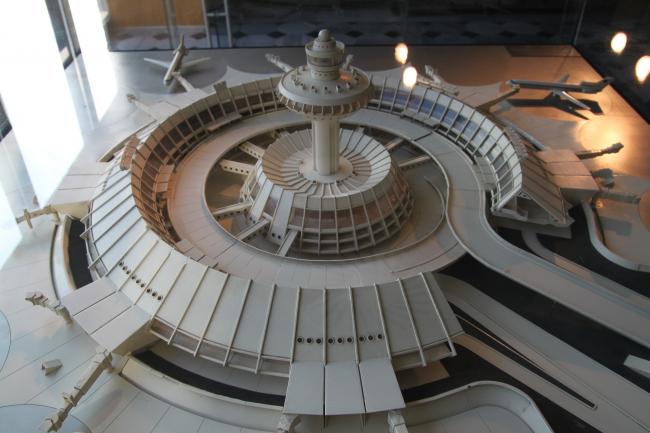 Макет Ереванского аэропорта (1980), который специально прибыл на выставку в Стамбул из Еревана. Фото: В.Белоголовский
