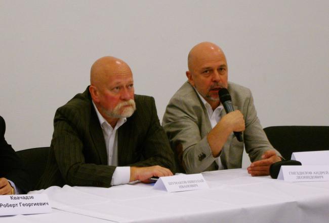 Николай Шумаков и Андрей Гнездилов. Фотография А. Павликовой